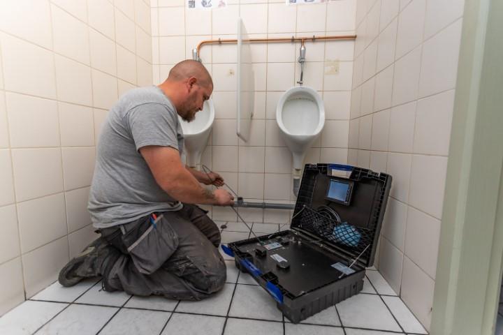 ontstoppingsdienst vanthillo camera toilet